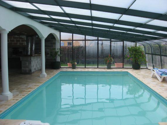 abris de piscines aux normes afnor d couvrez nos mod les. Black Bedroom Furniture Sets. Home Design Ideas