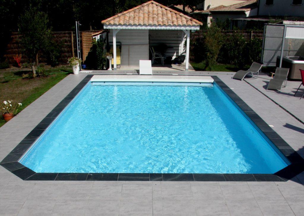 R alisations de piscines traditionnelles coque polyester - Renovation piscine coque polyester ...