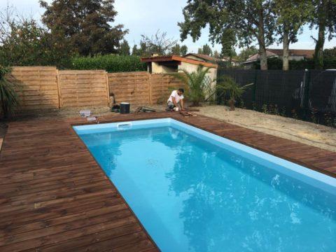 Publications la une suivez nos chantiers de piscines for Piscine blanquefort
