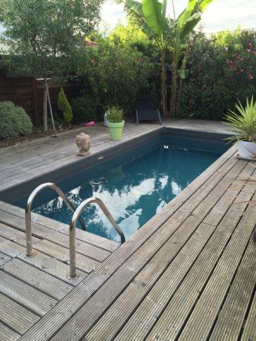 constructeur vendeur de piscines bordeaux en gironde et aquitaine. Black Bedroom Furniture Sets. Home Design Ideas